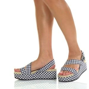 Megan navy gingham